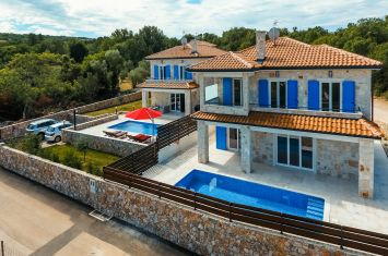 NEW STONE VILLA WITH POOL AND SEA VIEW!