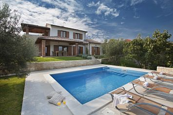 NEW MEDITERRANEAN VILLA WITH POOL AND PANORAMIC SEA VIEW!