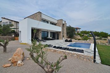 NEW STONE VILLA WITH POOL AND PANORAMIC SEA VIEW!