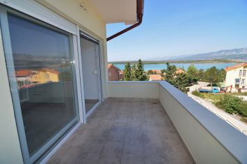 FURNISHED APARTMENT WITH PANORAMIC SEA VIEW, 150 M FROM THE BEACH!
