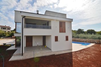NEW VILLA WITH POOL AND SEA VIEW!