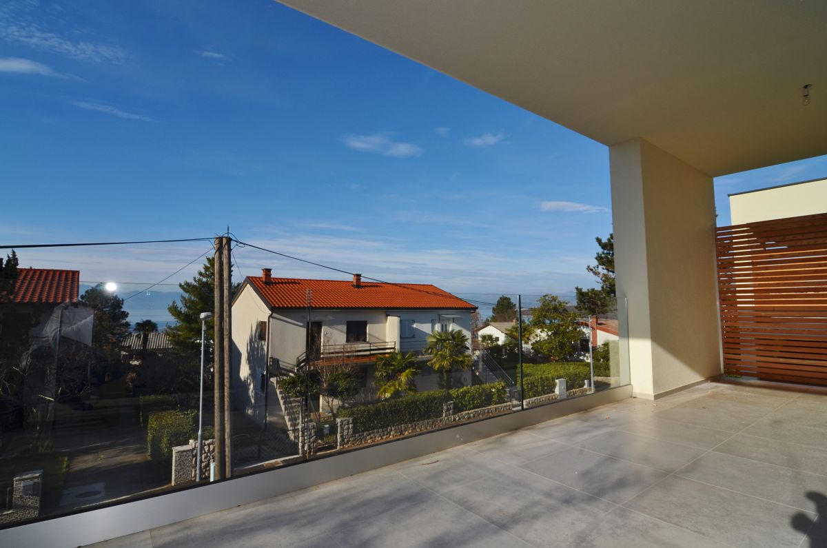 Apartmánok - Njivice - EXCLUSIVE APARTMENT WITH SEA VIEW AND GARDEN, 300 M FROM THE BEACH!