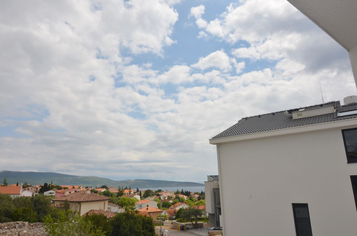Appartements - Ville de Krk - EXCLUSIVE APARTMENT WITH SEA VIEW AND GARDEN!