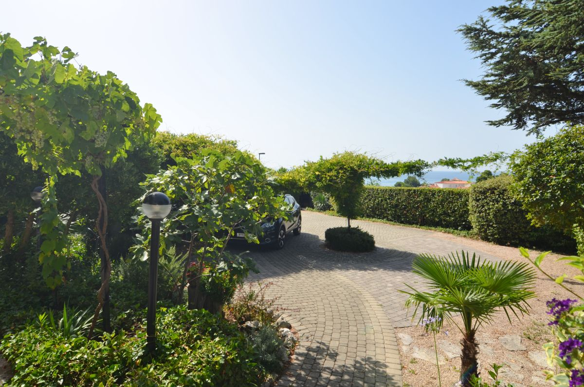 Houses - City of Krk - DETACHED HOUSE WITH PANORAMIC VIEW OF THE SEA AND THE OLD TOWN!