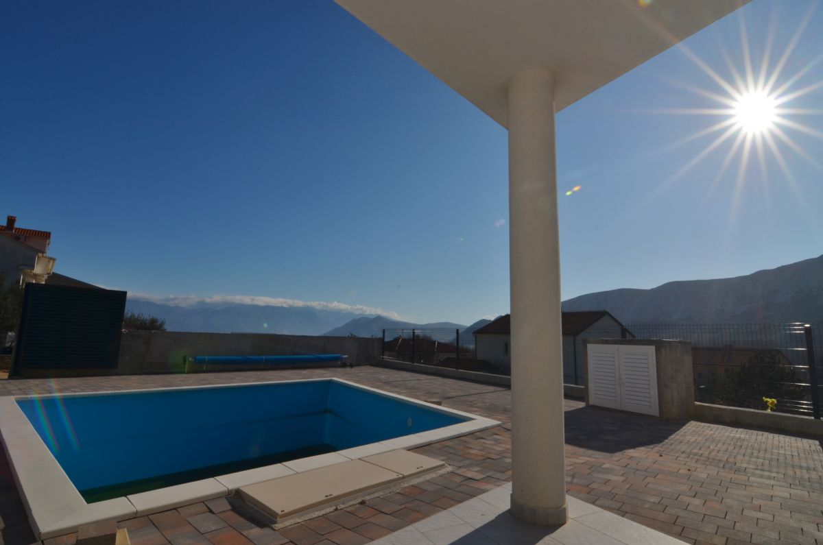 Apartments - Baška - FURNISHED APARTMENT WITH POOL AND SEA VIEW, IN QUIET LOCATION!